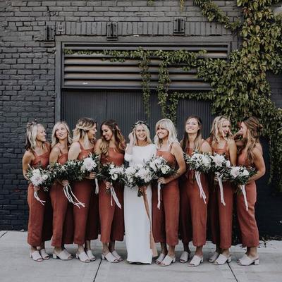 10 Inspirasi Gaya Rambut Cantik untuk Bridesmaid