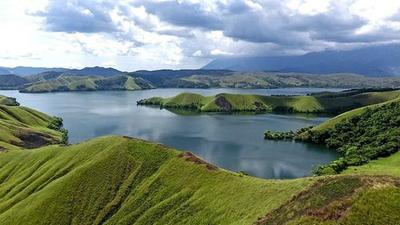 Surga Tersembunyi di Timur, Ini Dia Rekomendasi Tempat Wisata Terbaik di Papua