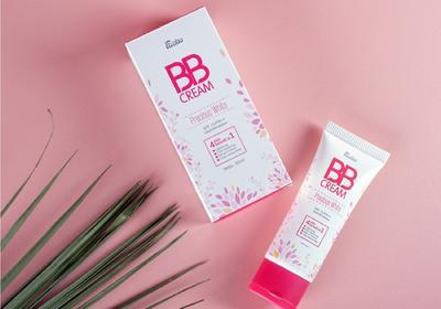 2. Pakai Fanbo Precious White BB Cream 02