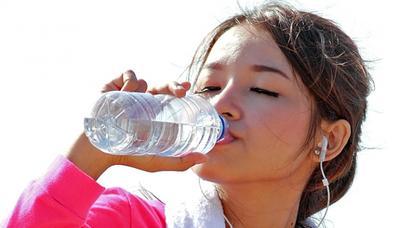 Pentingnya Tubuh Tetap Terhidrasi Selama Olahraga