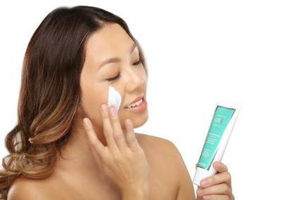 Rekomendasi Dermatologis, 5 Produk Sunscreen Zinc Oxide dengan SPF Ini Bisa Lindungi Wajah