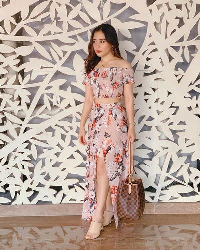 2. Prilly Latuconsina - Louis Vuitton