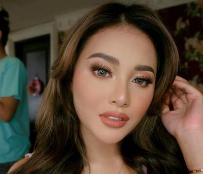 Rahasia Bibir Penuh ala Aurel Hermansyah, Bikin Penampilan Cantik dan Seksi!