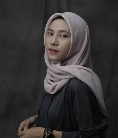 Gadis kelahiran Makassar