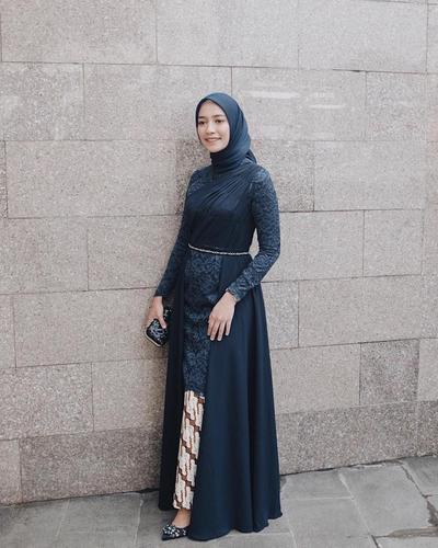 Semi Dress Kebaya