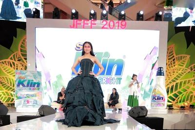 So Klin dan ESMOD Ajak Masyarakat Cinta Lingkungan Lewat Sustainable Fashion