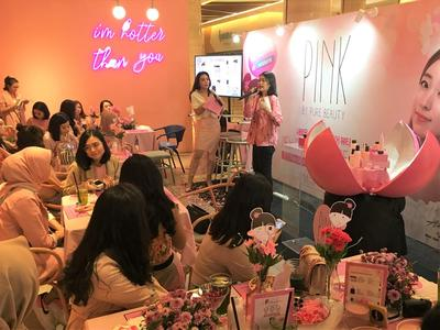 Pink by Pure Beauty Kini Hadir di Watsons, Intip Keseruan Acara Launching Ini yuk!