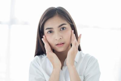 Rekomendasi Spot Treatment Drugstore yang Efektif Redakan Jerawat Meradang