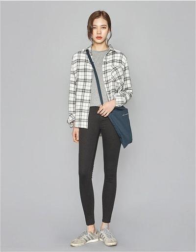 Korean Simple Look Style
