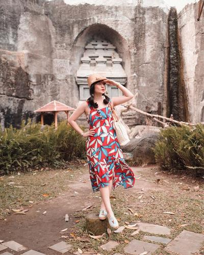 Floral Sleeveless Midi Dress Bentuk A-Line