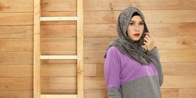 https://cdns.klimg.com/dream.co.id/resources/news/2015/04/28/13167/664xauto-meccanism-elsa-bergo-solusi-untuk-hijaber-pemula-150428m.jpg