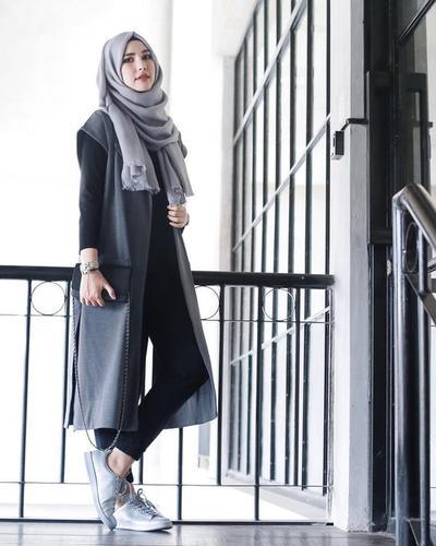 Yuk Simak Padu Padan Kekinian Dengan Outer Hijab Tanpa Lengan Mau