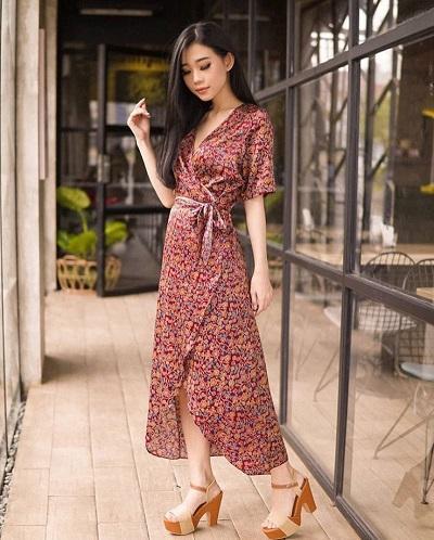 model batik dress