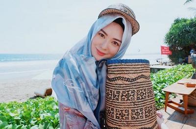 ayana - hijab segiempat