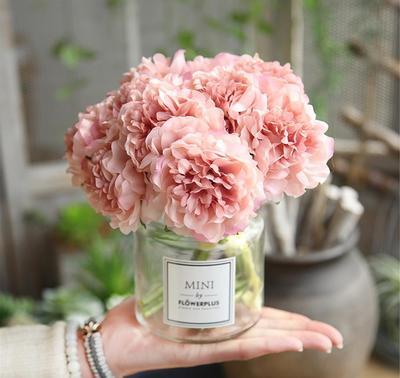 menghias rumah keluarga sehat dengan bunga