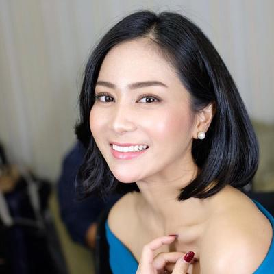 Bunga Zainal Rambut Pendek Beautynesia