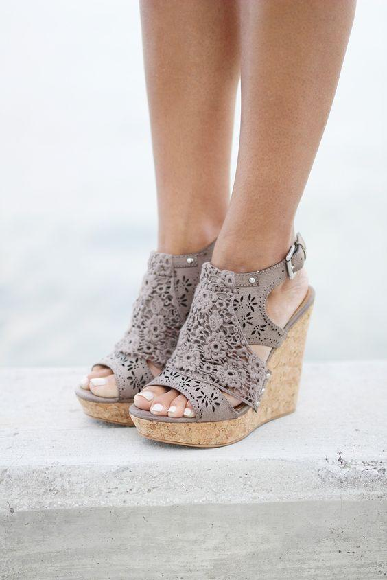 9-stylish-wedges-to-compliment-any-summer-outfit-1.jpg
